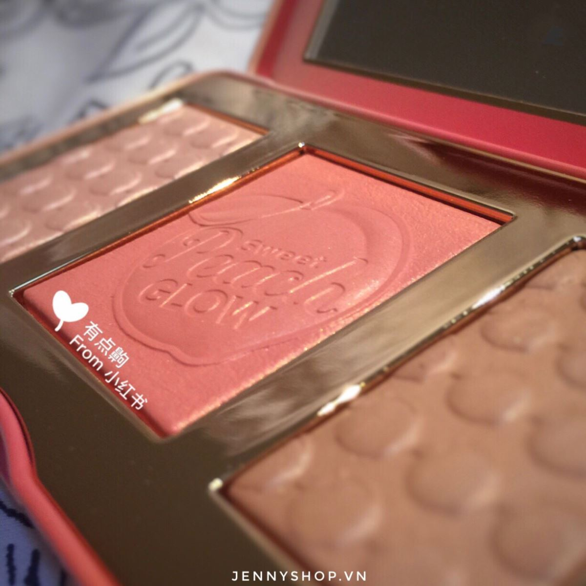 Bảng Má Tạo Khối Bắt Sáng Too Faced Sweet Peach Glow Peach-Infused Highlighting Palette
