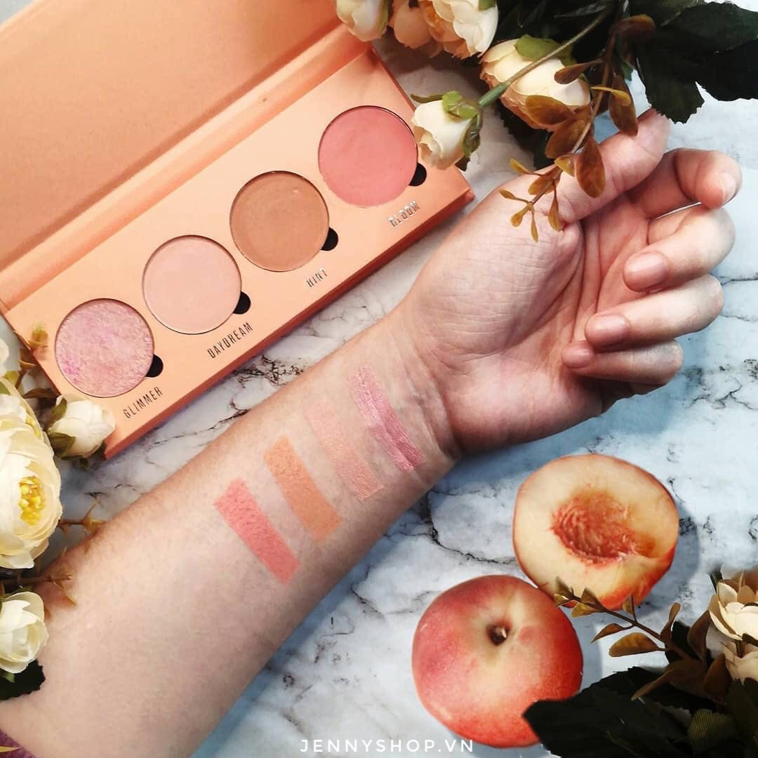 Bảng Phấn Má 4 Ô Revolution Makeup Obsession Isn't It Peachy Blush Palette