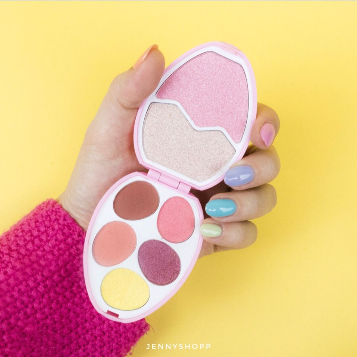 Bảng Phấn Mắt Và Highlight I Heart Revolution Easter Egg Flamingo Face And Shadow Palette